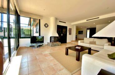 achat villa costa brava, 187 m² avec charmant salon, cheminée insert