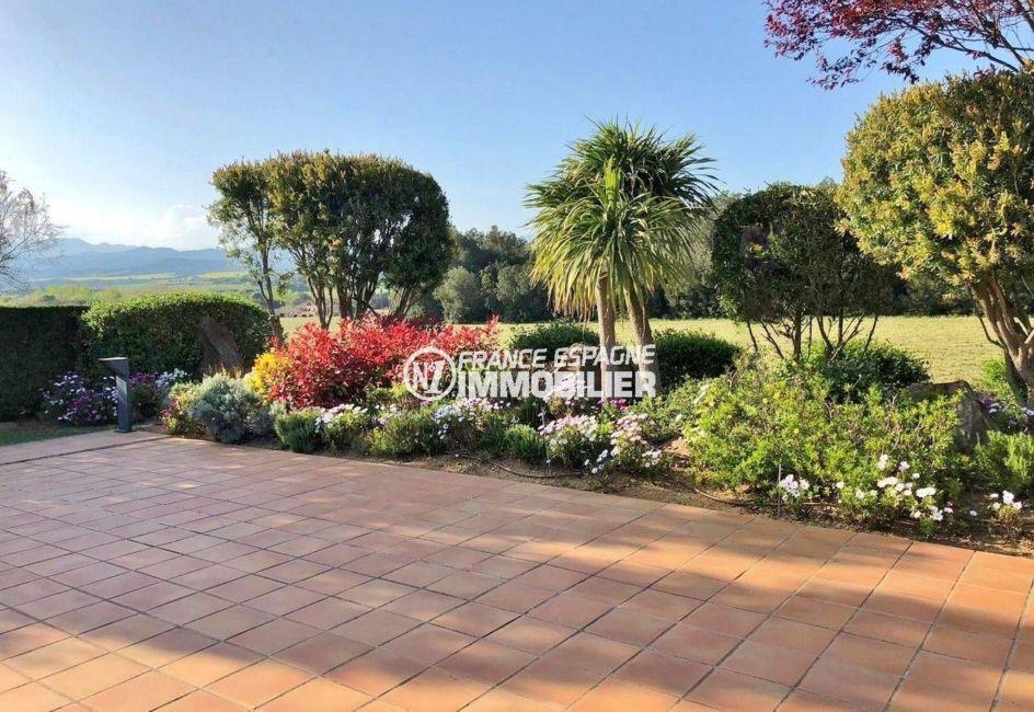 maison a vendre espagne catalogne, ref.3621, jardin arboré et bien entretenu