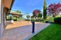 acheter maison costa brava, 187 m² avec patio, grande terrasse et joli terrain 840 m²