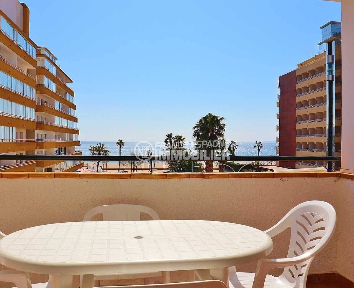 immobilier rosas, appartement vue mer, 50 m plage et commerces