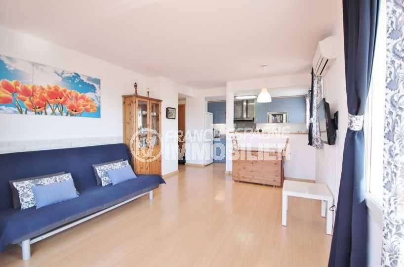 Appartement santa margarita récent vue salon/séjour