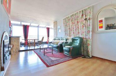 agence immobiliere roses espagne: appartement ref.3633, vue sur le salon lumineux