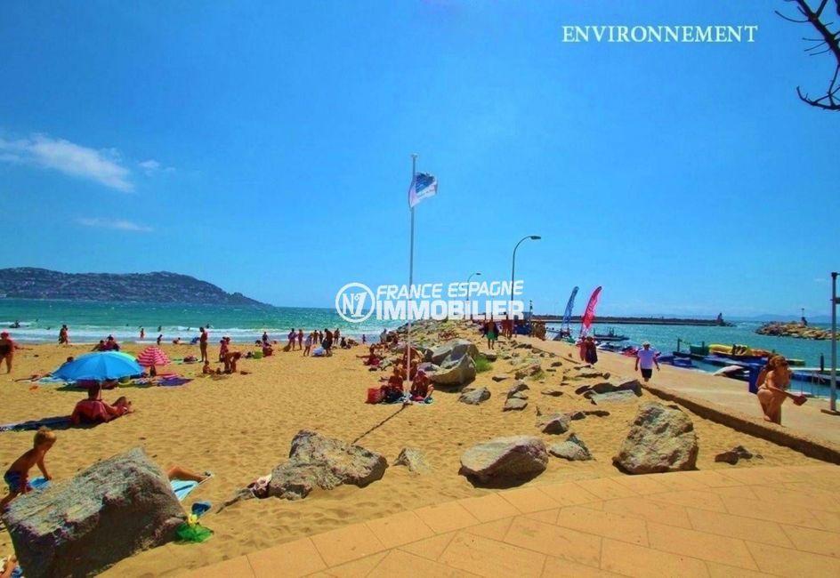 agence immobilière rosas: studio ref.3644, plage et Puig Rom au fond à gauche