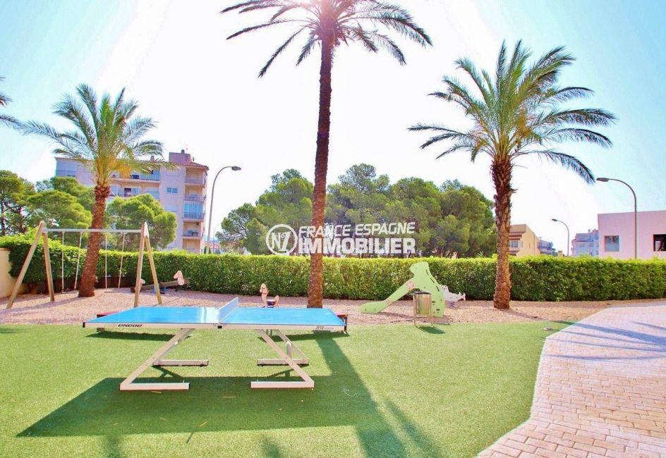 residence santa margarita rosas, avec piscine et vue canal, appartement 69 m² à vendre