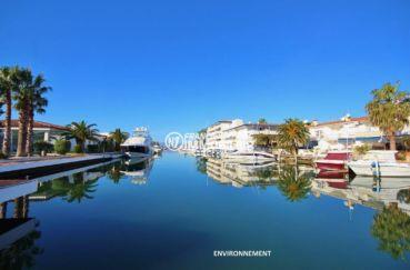 appartement a vendre a rosas, ref.3637, sublime vue sur le canal aux alentours