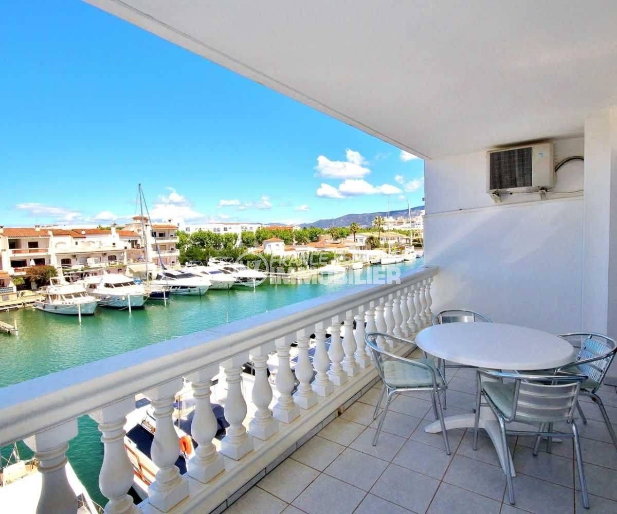 immo center empuriabrava, appartement ref.3685, terrasse avec vue sur le canal