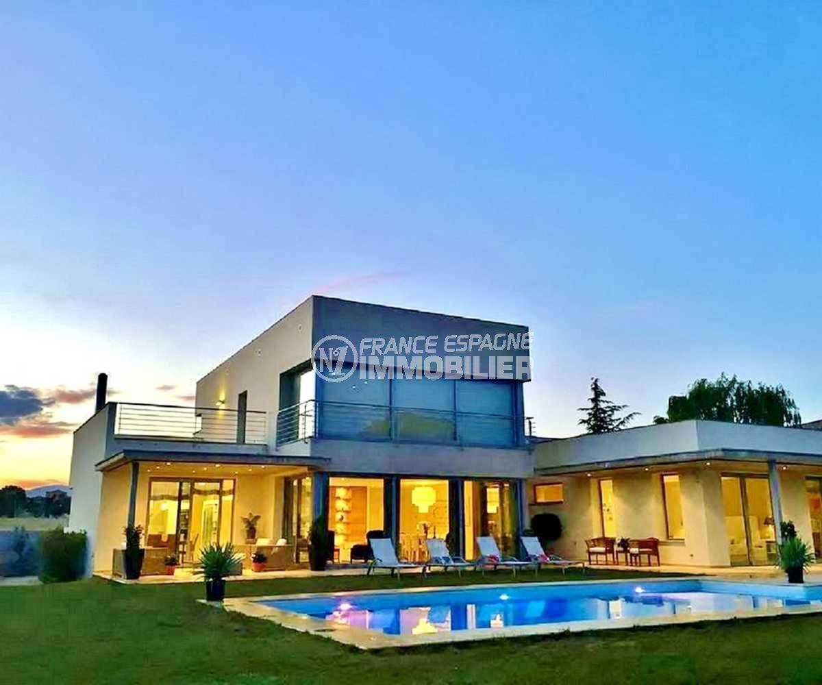 maison a vendre espagne costa villa golf perelada luxe. Black Bedroom Furniture Sets. Home Design Ideas