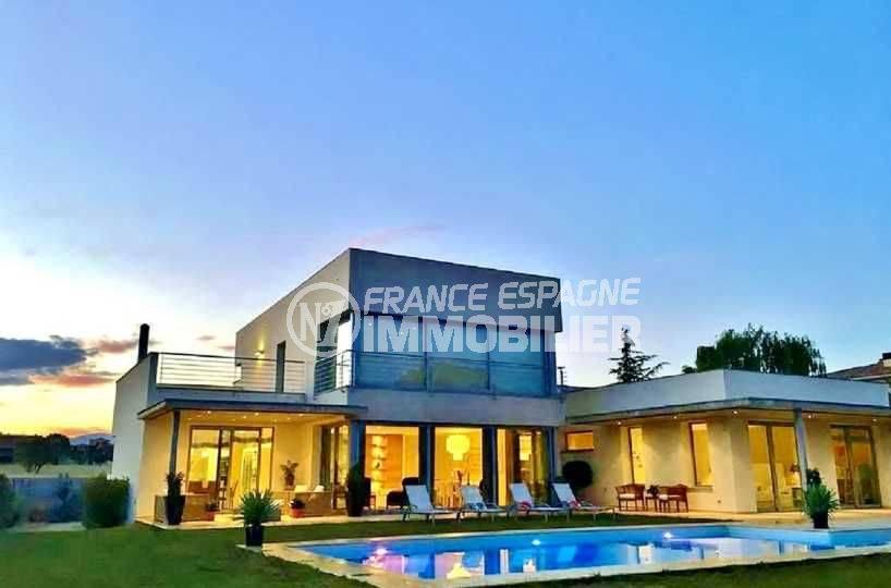 agence immobiliere costa brava: villa ref.3682, secteur haut standing, piscine, garage