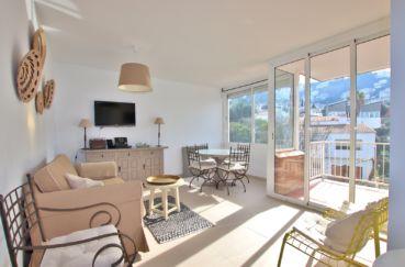 Agence immobilier costa brava : appartement Roses centre, proche plage et port, parking privé