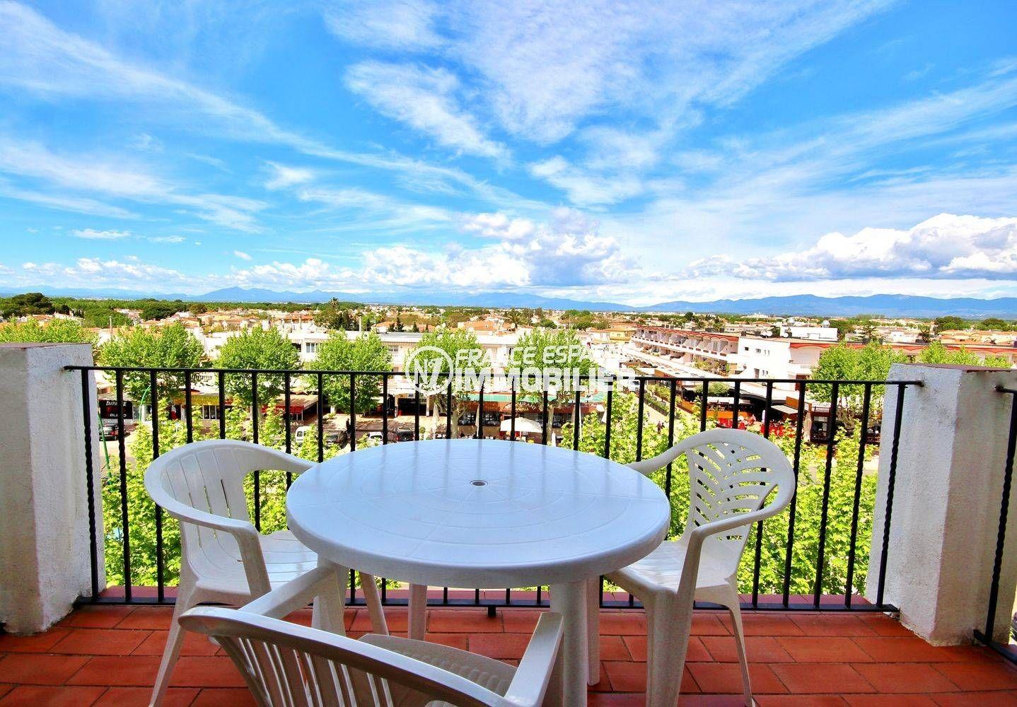 immobilier empuria brava : Appartement 42 m² avec terrasse vue dégagée