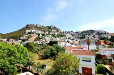 immobilier rosas: appartement ref.3679, proche plage et port, parking privé