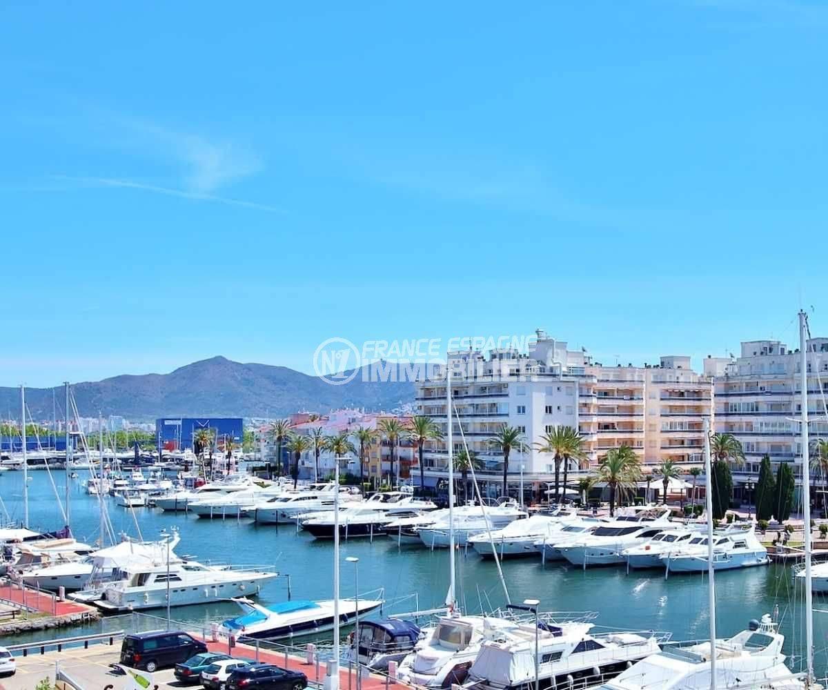 appartement empuria brava, 81 m² avec terrasse vue mer et canal