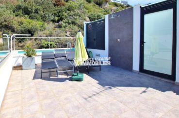 maison a vendre rosas, proche plage, aperçu de la terrasse solarium de 29 m²