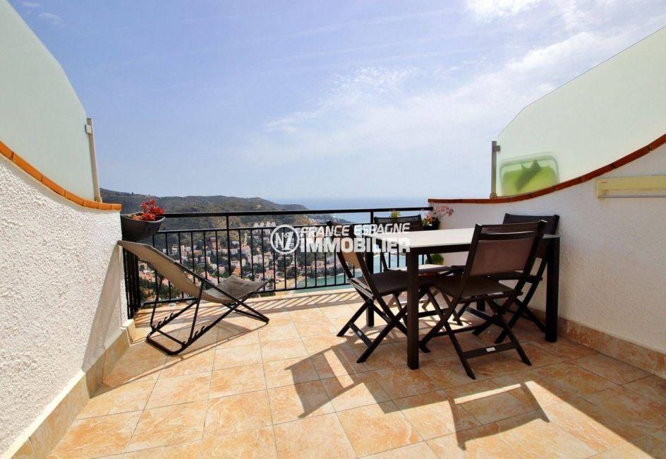 immocenter roses, appartement 54 m² terrasse vue mer
