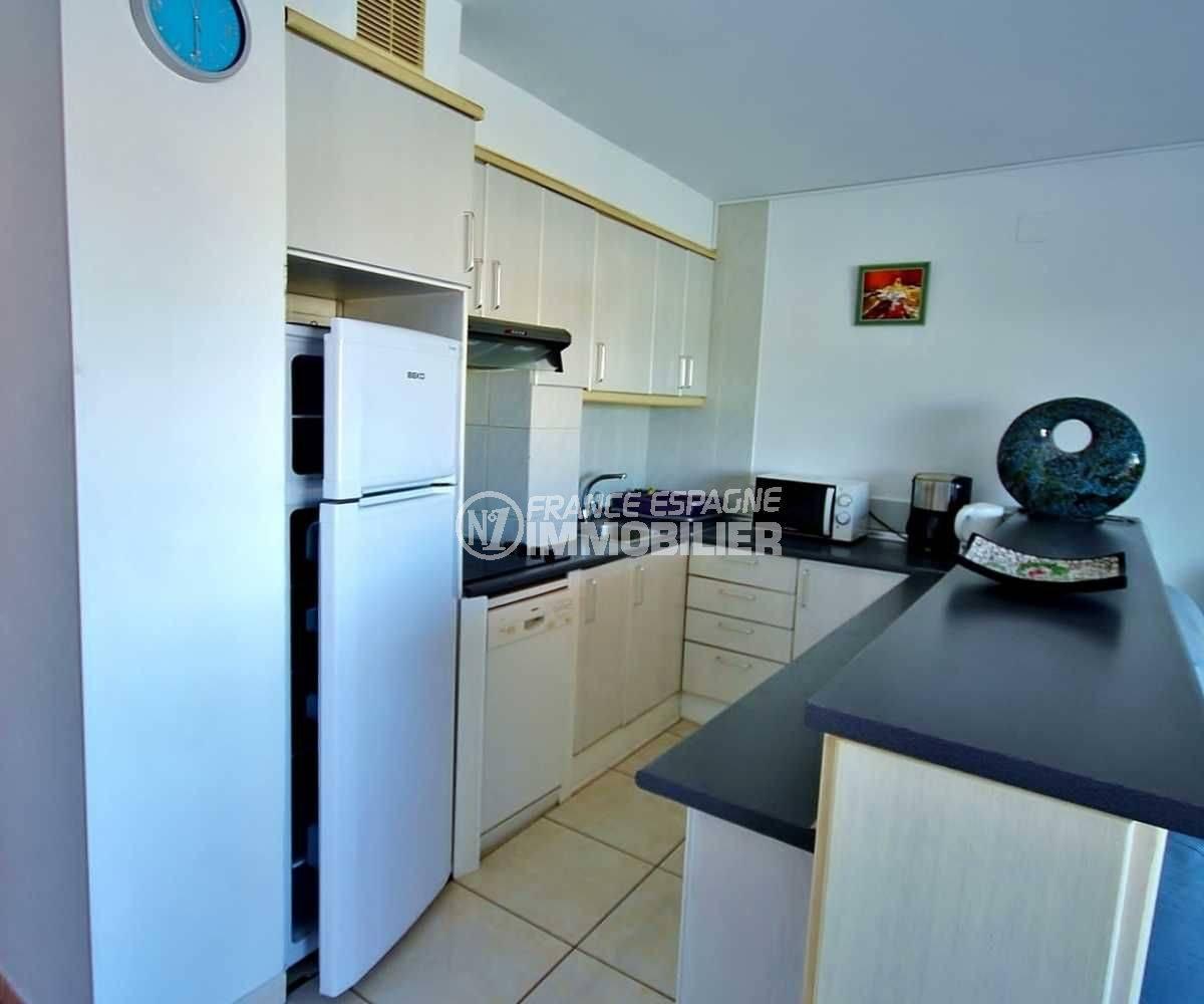 appartement a vendre empuriabrava, ref.3685, cuisine américaine aménagée