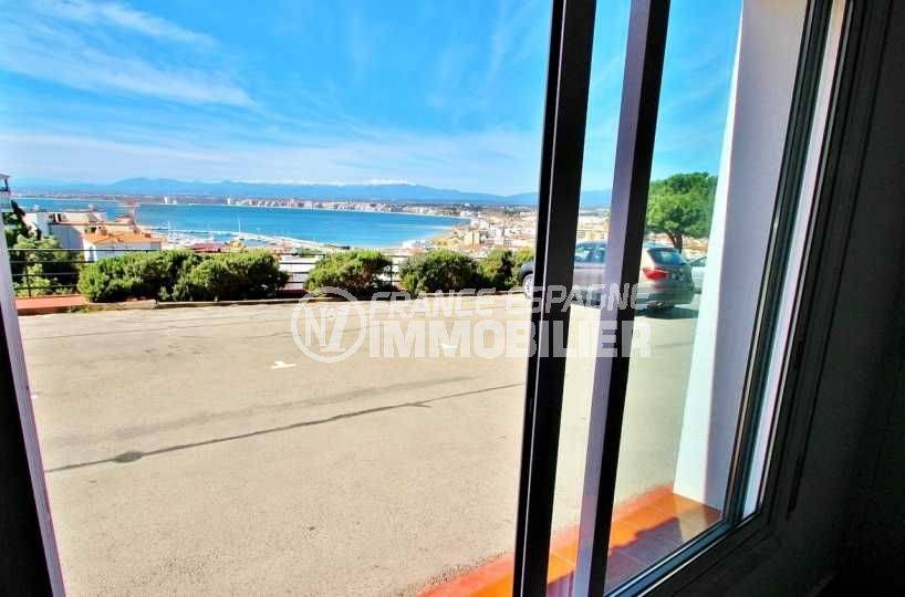 appartements a vendre costa brava: 42 m² Roses Puig Rom, vue mer / montagne