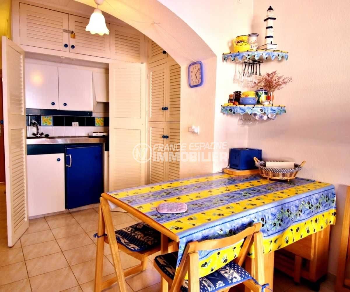 appartements a vendre costa brava: studio pas cher, piscine, proche plage