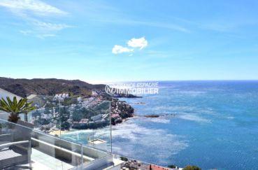 maison a vendre canyelles rosas espagne, piscine, vue sur la baie de rosas depuis la terrasse