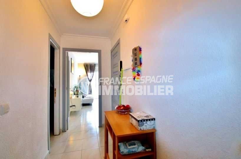 agence immobiliere rosas, vend appartement 106 m², proche plage, centre ville