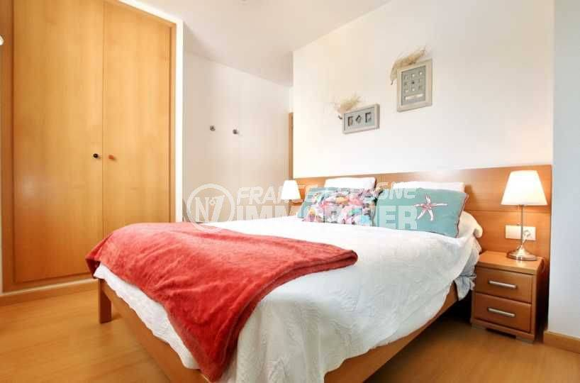 immo roses espagne: appartement ref.3665, chambre 1 avec placard