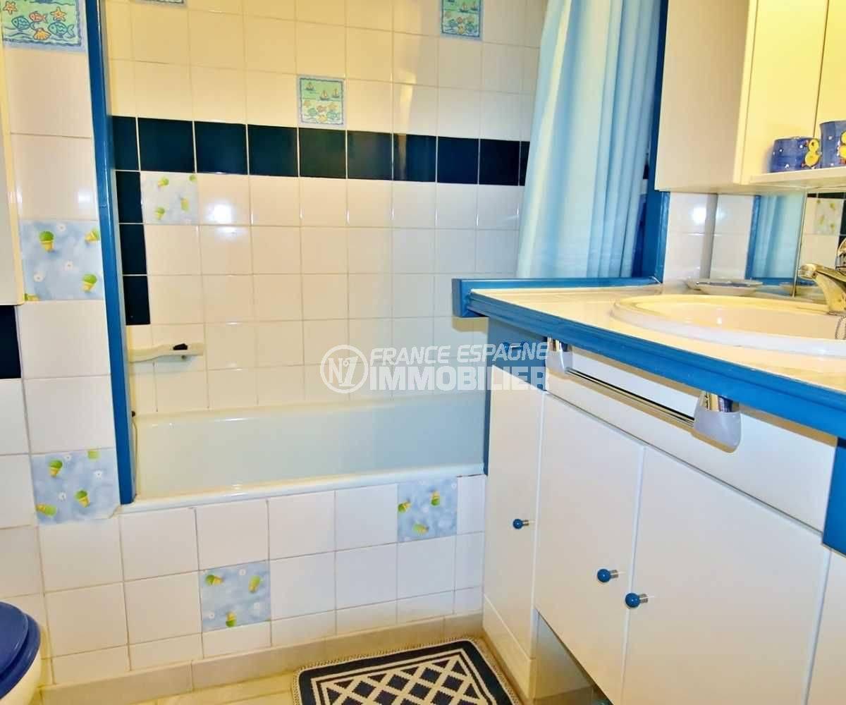 Roses, appartement 35 m² pas cher, photo de la salle de bains