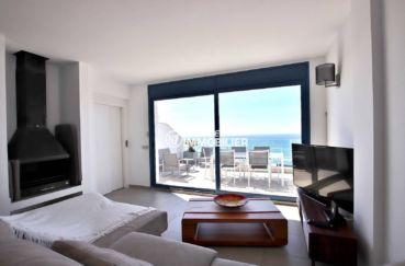 vente immobiliere rosas espagne: villa 216 m², salon / séjour avec belle cheminée accès terrasse