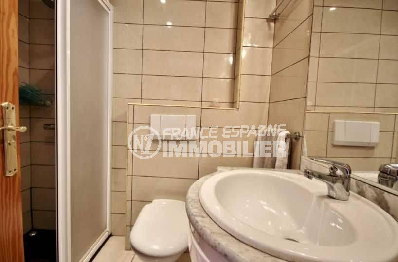 empuriabrava immo : appartement ref.3685, salle d'eau 2