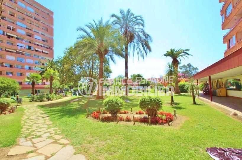 immobilier costa brava: appartement 35 m² pas cher, résidence avec piscine