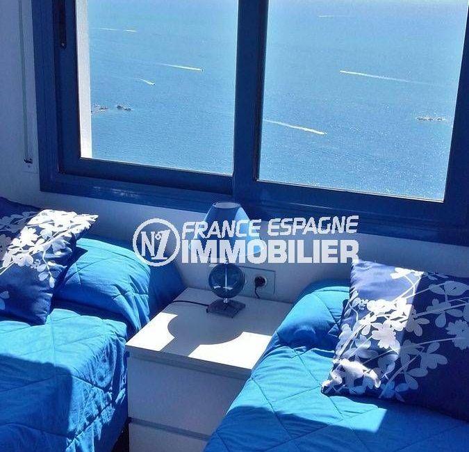 la costa brava: villa 216 m², première chambre avec lits simples vue mer