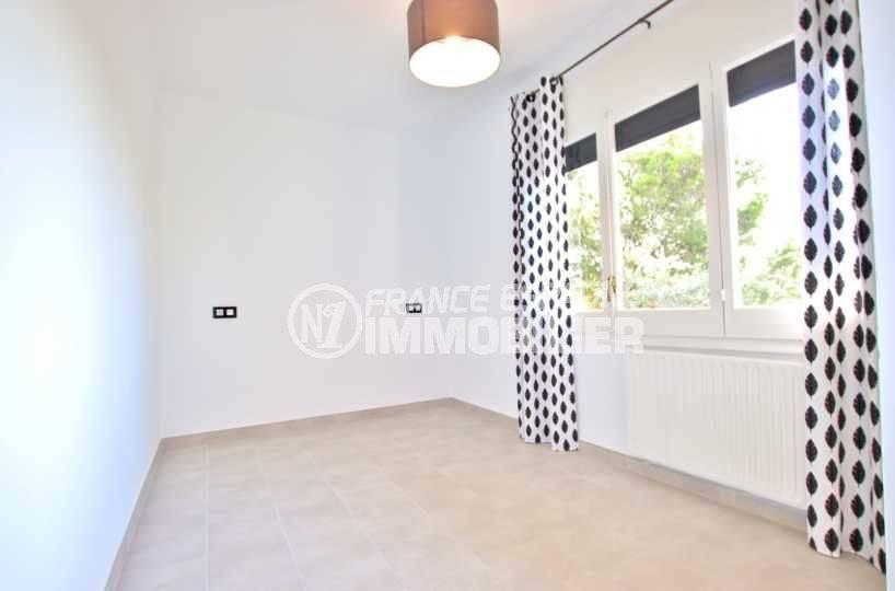 achat immobilier costa brava: villa ref.3512, deuxième chambre avec du carrelage