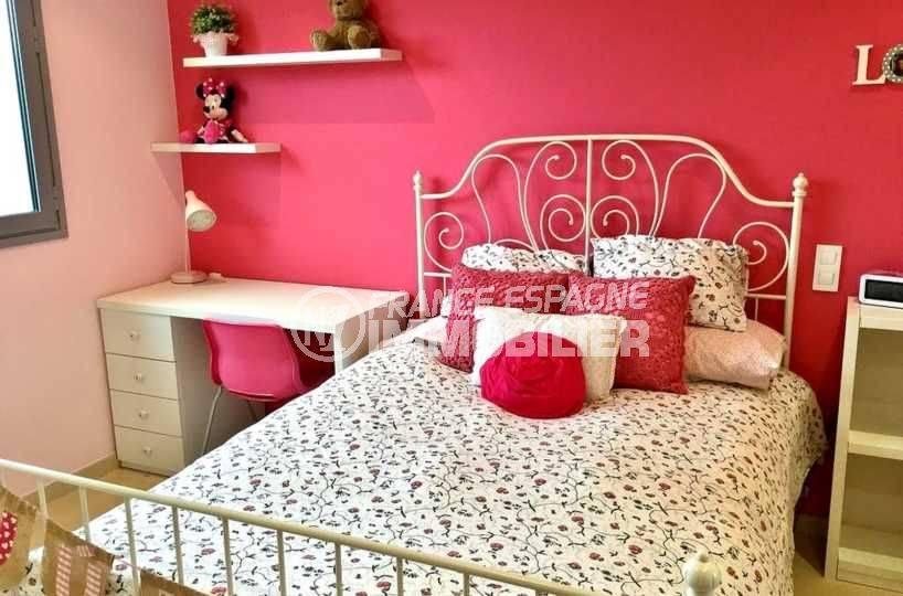 costabrava immo: villa ref.3682, deuxième chambre avec lit double et bureau