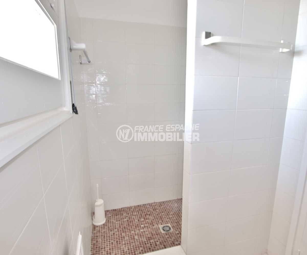 maison costa brava, ref.3512, vue sur la deuxième salle d'eau