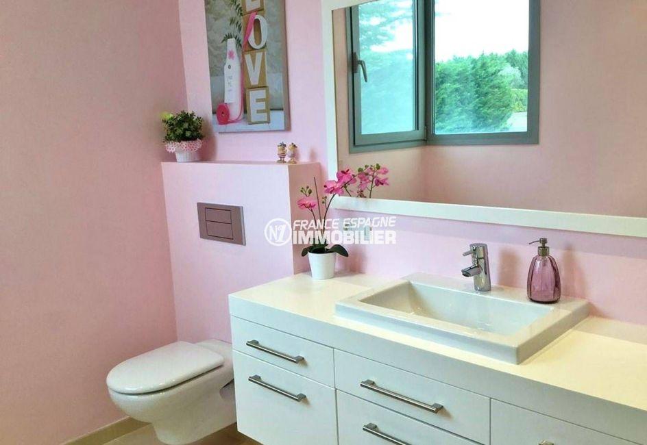vente immobilière espagne costa brava: villa ref.3682, wc indépendants avec meuble vasque