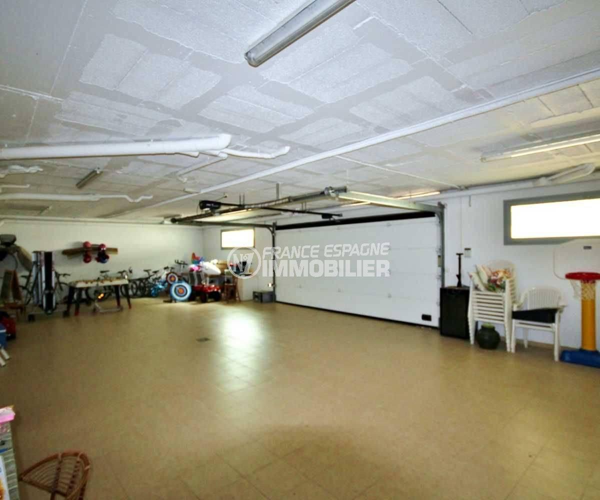 achat immobilier costa brava: villa ref.3682, grand garage pour 6 voitures