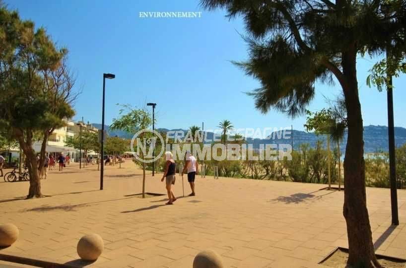 la costa brava: studio ref.3655, promenade le long de la plage environnante