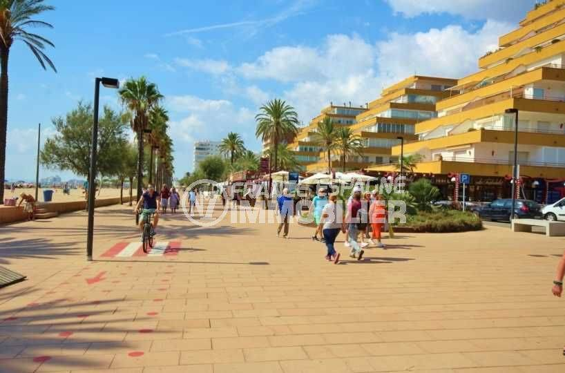 immo center rosas: studio ref.3655, proche plage et commerces environnants