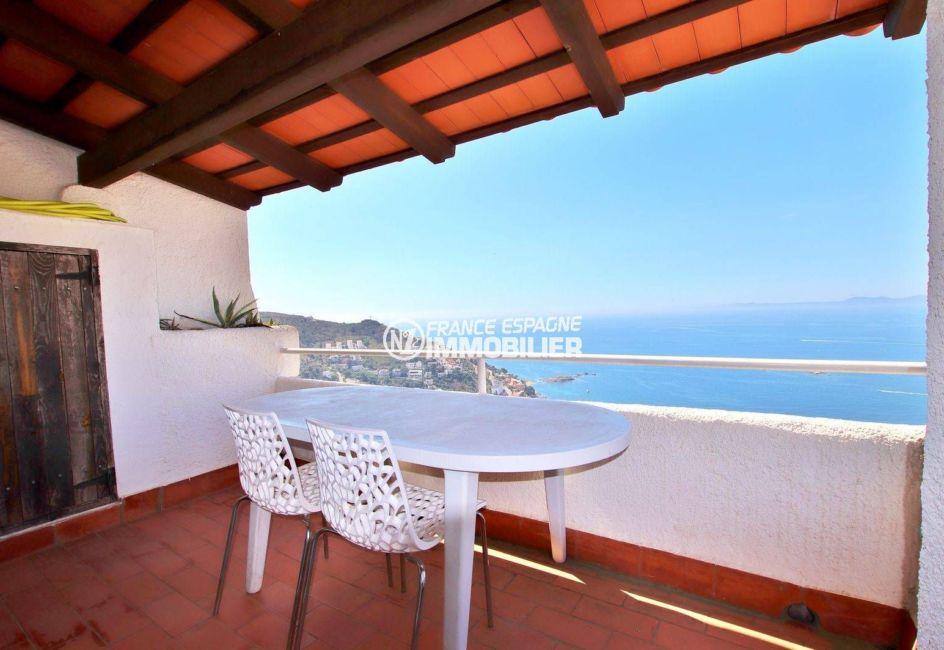 roses espagne: villa 65 m², terrasse de 11 m² avec magnifique vue mer