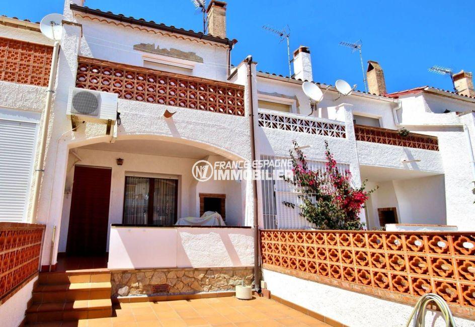Jolie villa 75 m², piscine communautaire, proche plage | N1 France Espagne Immobilier