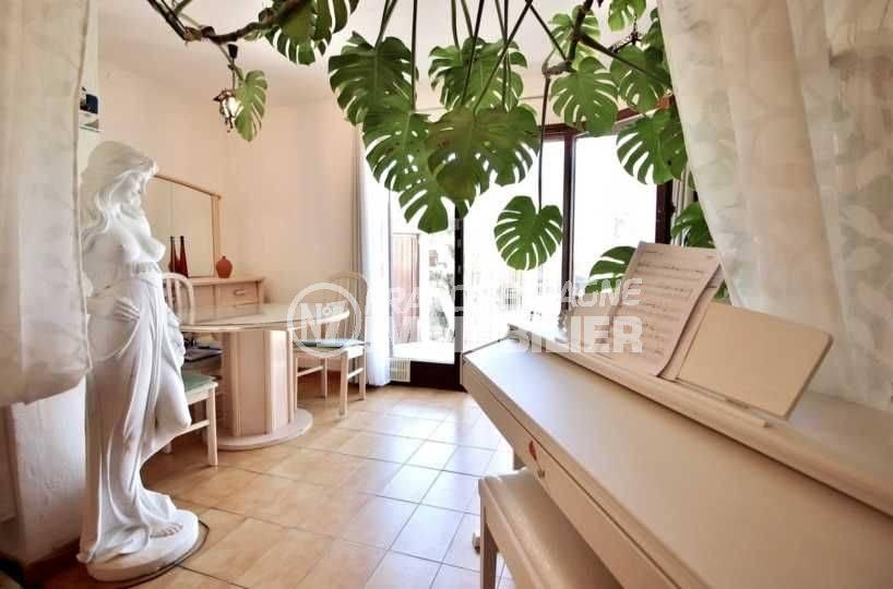 immo rosas: appartement 48 m², résidence calme, 3 chambres, jardin & terrasses