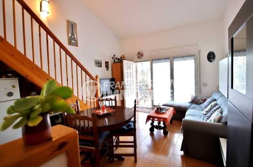 immo costa brava: ref.3705, salon / séjour avec accès à la double terrasse