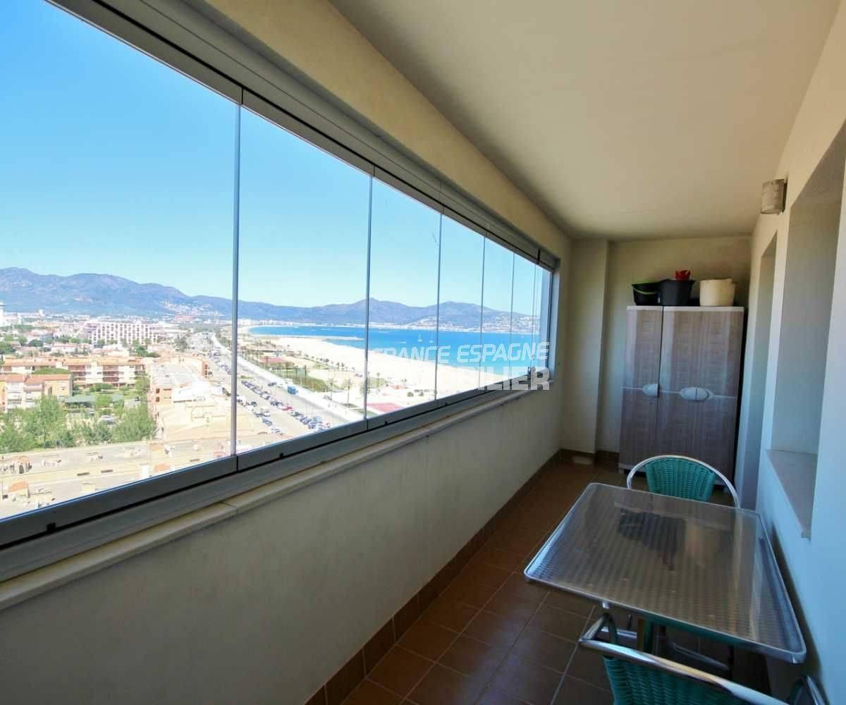 immobilier empuriabrava: appartement 152 m², ref.3695, proche plage, 2 terrasses vue mer