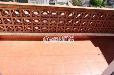 empuriabrava immobilier: villa 75 m², terrasse adjacente à la chambre