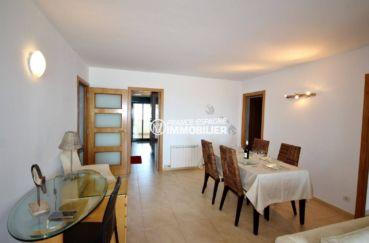 agence immobilière empuriabrava: appartement 152 m², ref.3695, salle à manger