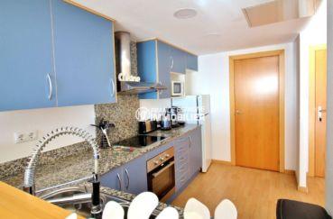 immo center rosas, appartement 78 m², ref.3694, vue cuisine américaine aménagée