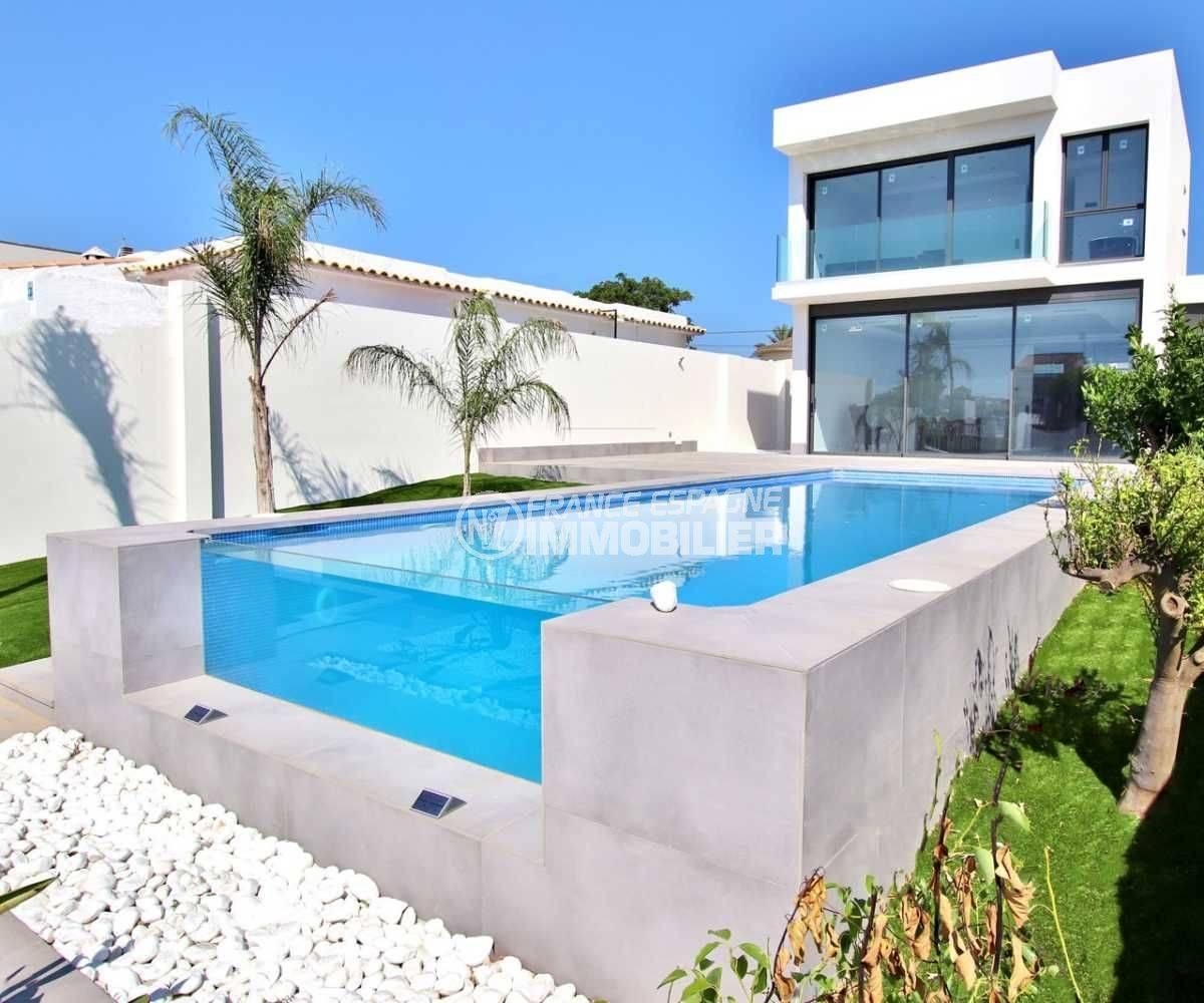Villa Empuriabrava moderne piscine et amarre 12m