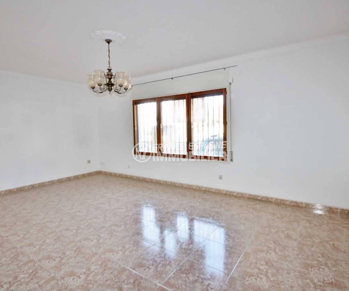 vente appartement rosas, 105 m², proche centre-ville, vue séjour