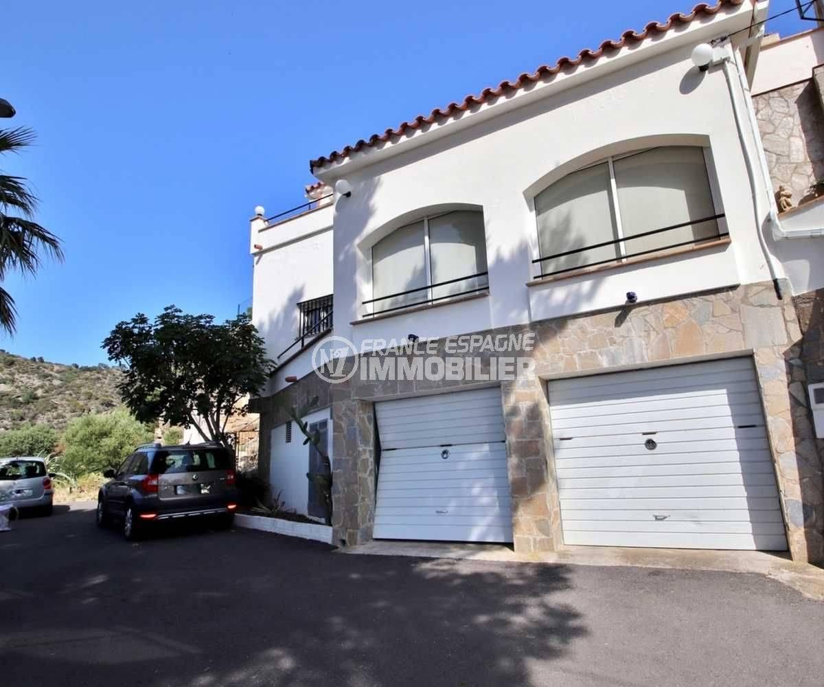 maison a vendre rosas, grande terrasse vue mer, exposition S/O