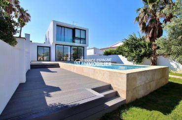 achat maison costa brava, ref.3721, construction moderne avec piscine et amarre