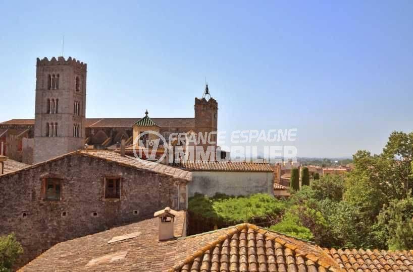 immo empuriabrava: maison au centre ville, en 2 appartements, vue sur Castello