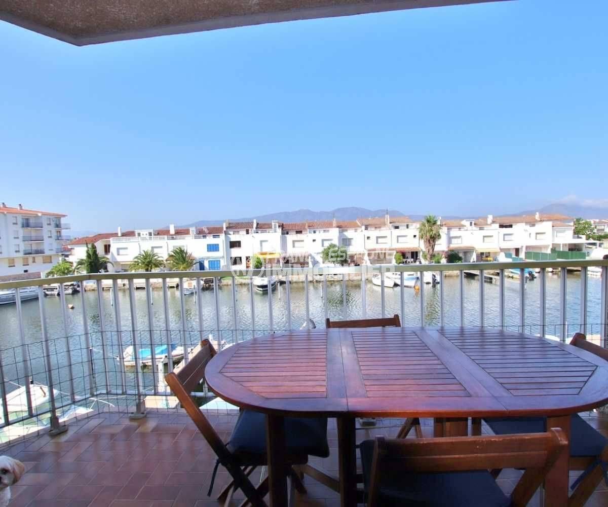 marina empuriabrava: appartement, 2 amarres, terrasse 9 m² vue canal